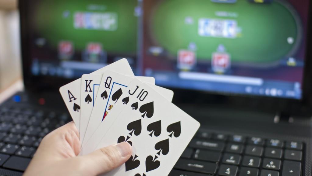 poker capsa